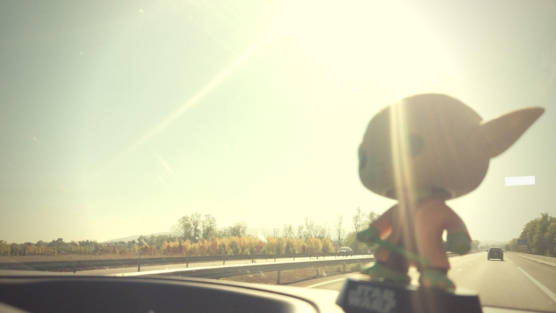 wat te doen als je uren met elkaar in de auto zit?